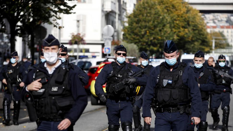 Οι πρώτες διεθνείς αντιδράσεις για την επίθεση στη Γαλλία – Αποτροπιασμός από Αθήνα